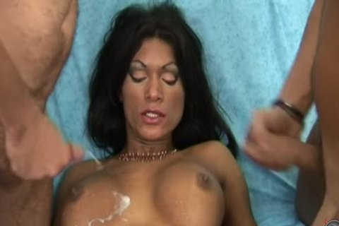 Italian transsexual Job 8 - Scene 1