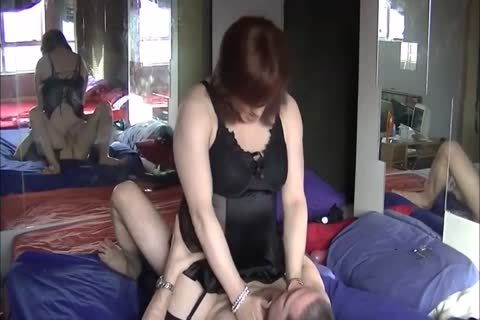 This t-girl gets Her old pussy Nailed