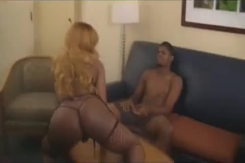 ebon Ts In Fishnets pounding And Cumming