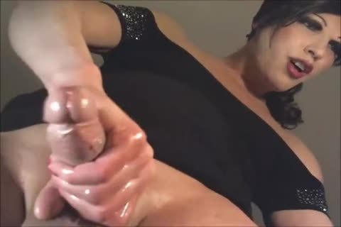 wild shelady Stroking Her Oily cock On Her webcam