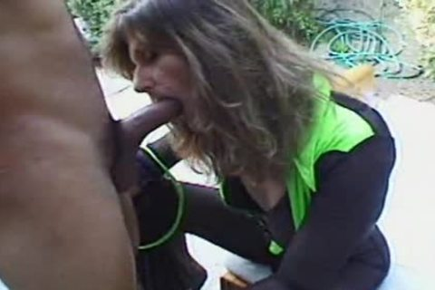 This hooker likes penis anal 3