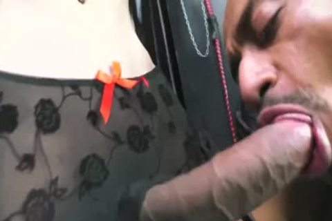 Melissa Pozzi And Her Neverending cock! Active tranny!