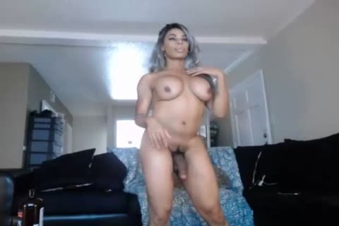 Sasha The female-taskmaster Cums