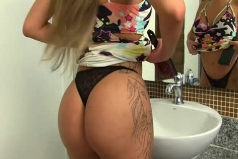 stunning shemale Julia Steinkopf Washes Her erect knob At The Sink