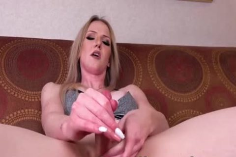 Trans blonde Kayleigh Coxx widens butthole With dildo