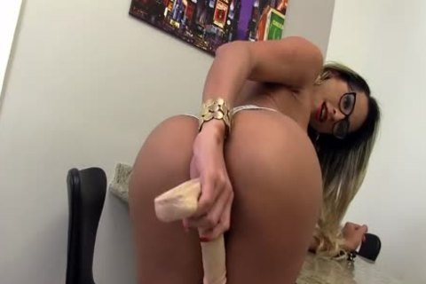 attractive Trans mistresse Leticia Menezes Bounces Her enormous booty On A sextoy