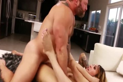 Petite Tattooed shemale Ryder Monroe poked By Colby