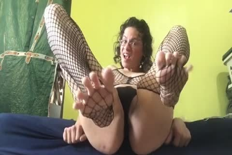 tranny Pornstar Alhena Adams Showing Off Her Feet And Soles 4 Pornhub