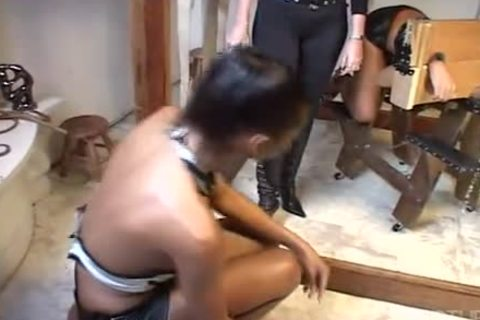 Sthowdys manmale Fetish spanking Leatthowdys manr Session
