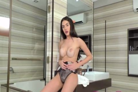 busty TS Mariana Lins Bounces On A dong After Taking A Shower