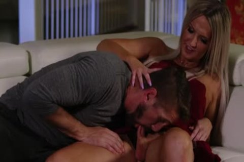 hot blonde TS Kayleigh Coxx Trades blowjob With Wesley