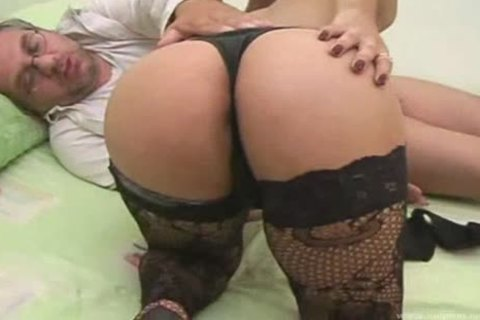 amazing shemale In stockings pokeing
