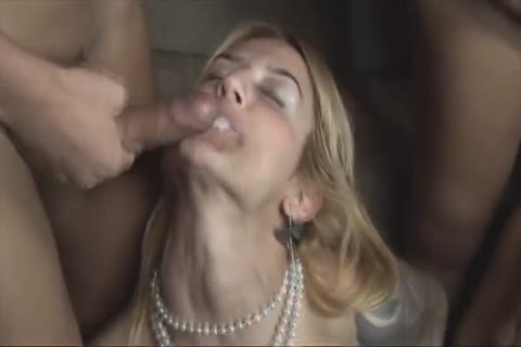 3 Sthis dudemales On 3 Females orgy