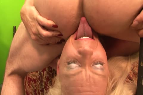 shemale-tranny - 3some two cocks In One wazoo together